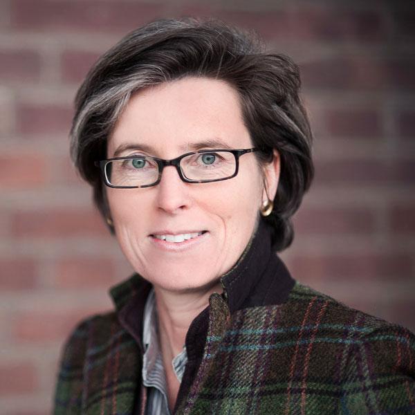 Kontakt zu paradaweb passgenaue Software - Christine Finckh Inhaberin